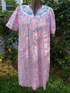 Vintage Floral House Coat Night Gown